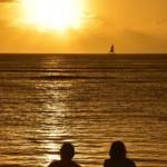 Romantisk solnedgang. Waikiki Honolulu